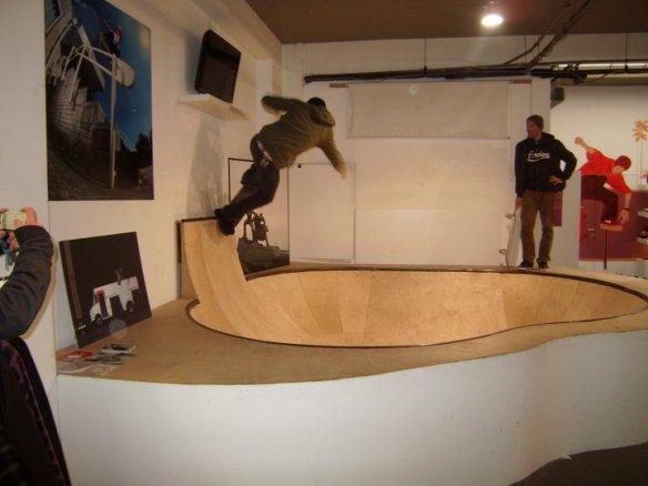 Skate Shop Ramp