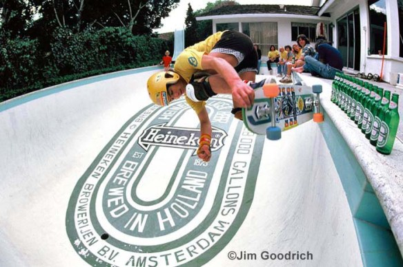 Steve Schneer going for the beer at the Heineken pool 79