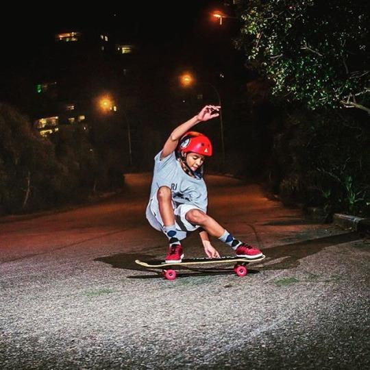 Girlv Skating Babe