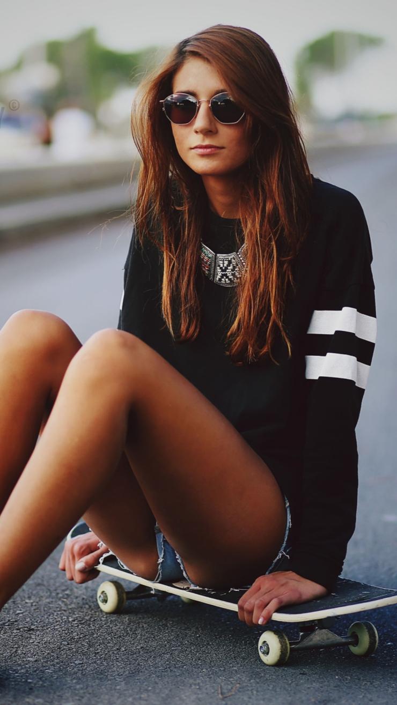 hot-girl-skater