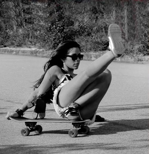 Skater B W