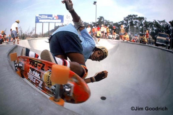 marty-grimes-at-oxnard-skatepark-december-1977