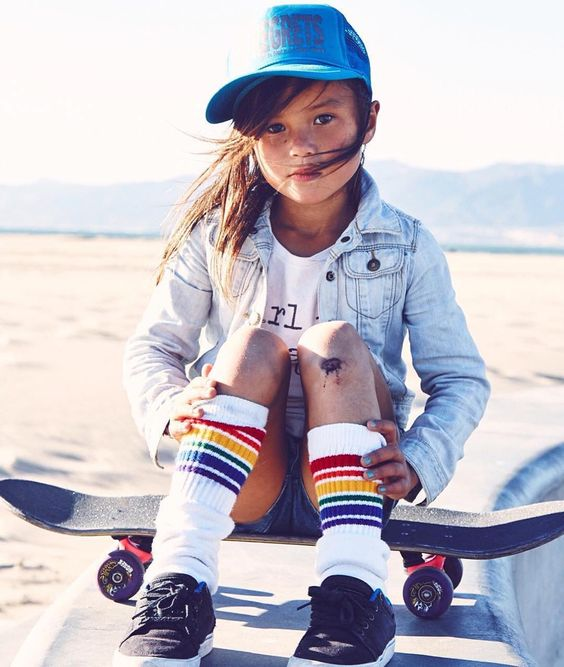 little-skater-girl