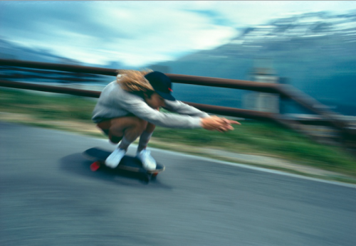 the-downhill-stylings-of-tony-alva-circa-1977